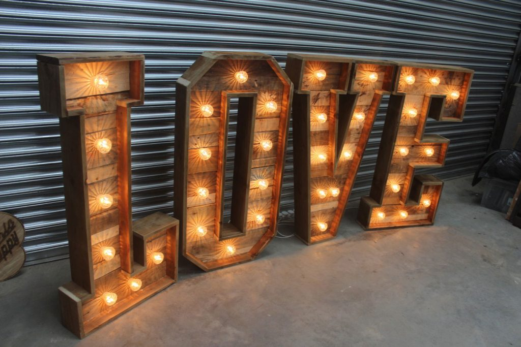 Rustic-LOVE-letters